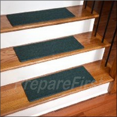 Non Slip Stair Safety Carpet Pads   GREEN   STYLE #1   23 X 8 INCH   13  COUNT
